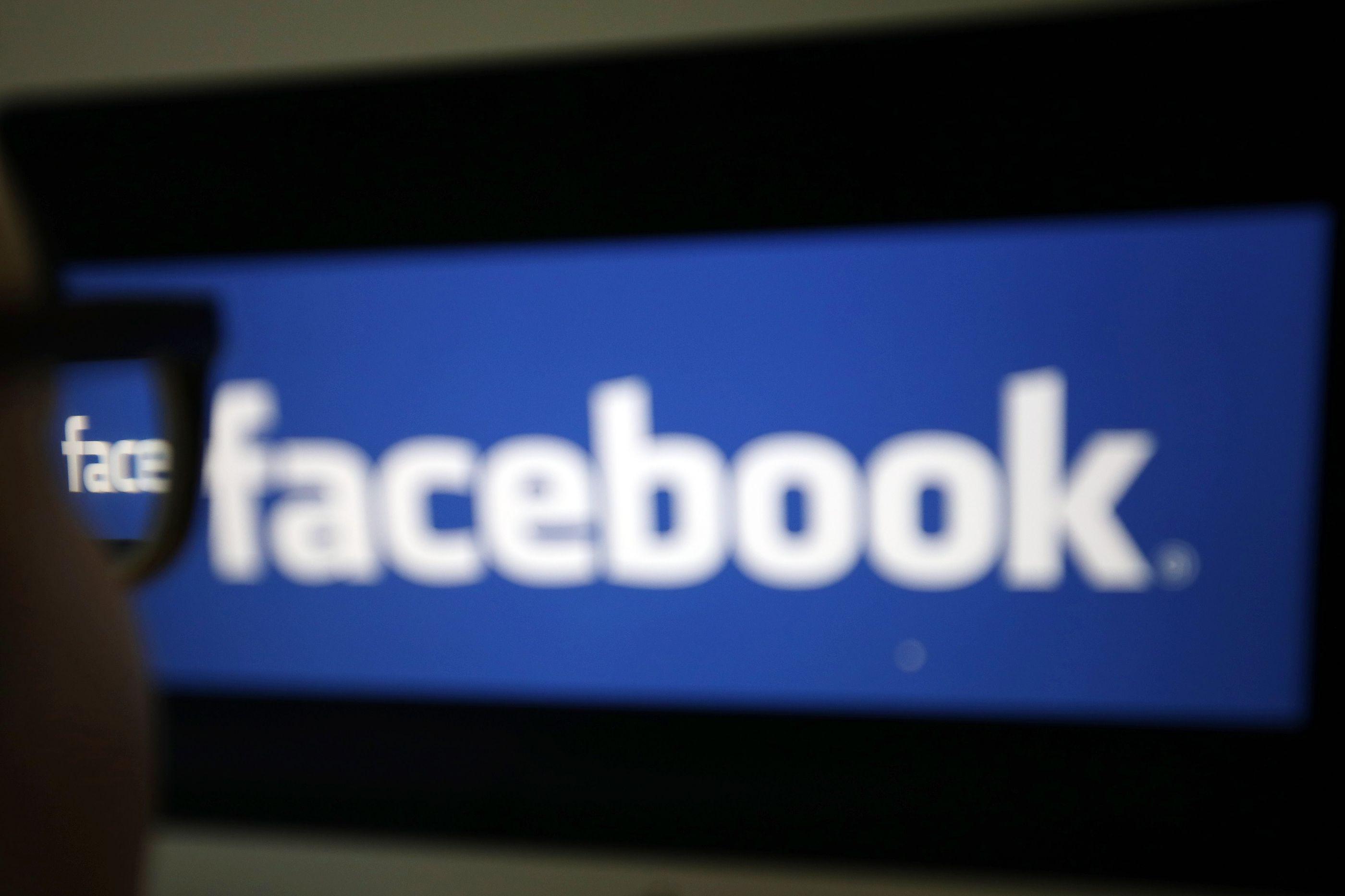 Facebook encerra centenas de páginas e contas vinculadas à Rússia