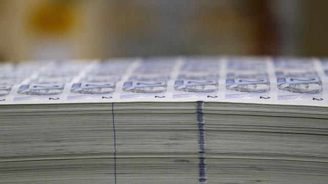 Empresas poderão fixar painéis com estimativa de impostos cobrados em produtos