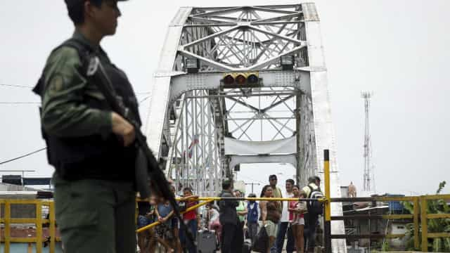 Panamá se oferece para mediar crise entre Venezuela e Colômbia