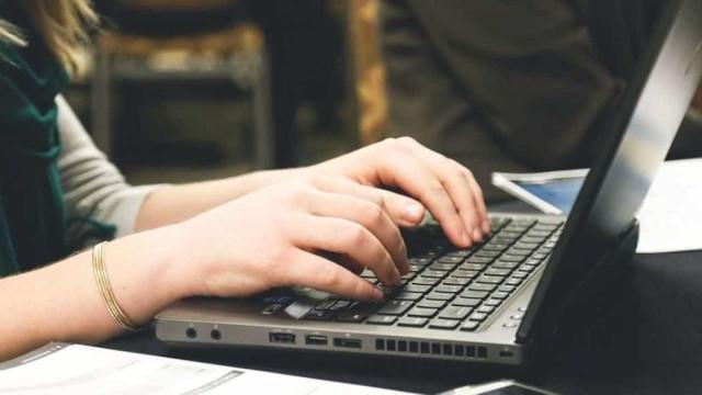 Governo distribui 25 mil computadores para postos de saúde
