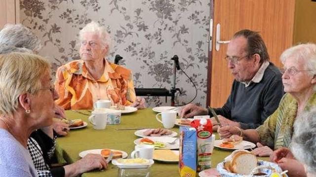 Estudo aponta Suíça como melhor país do mundo para idosos