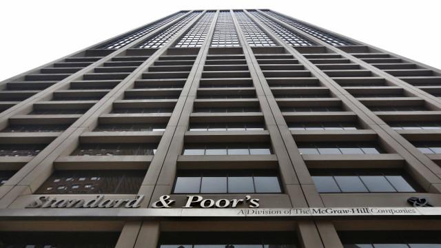 S&P faz 31 rebaixamentos corporativos após tirar grau de investimento do Brasil