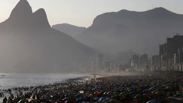 Tropas especiais da PM vão atuar em policiamento das praias no Rio