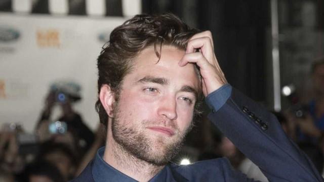 """Pattinson: """"Mais valia tirarem uma fotografia minha me masturbando"""""""