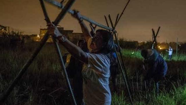 Sem-teto invadem terreno da CDHU perto do Rodoanel