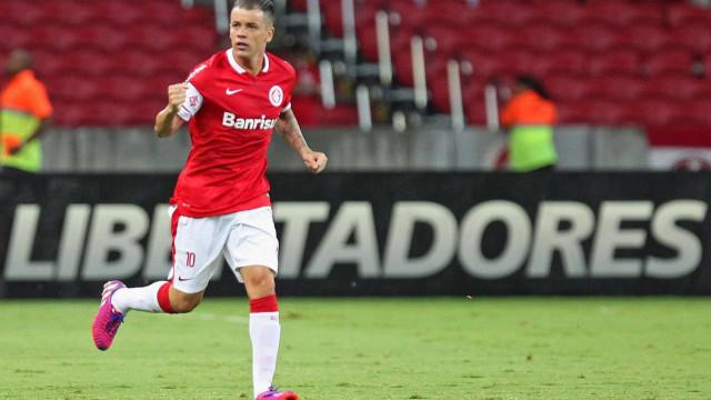 D'Alessandro volta aos treinos e pode reforçar o Inter contra o Atlético-MG