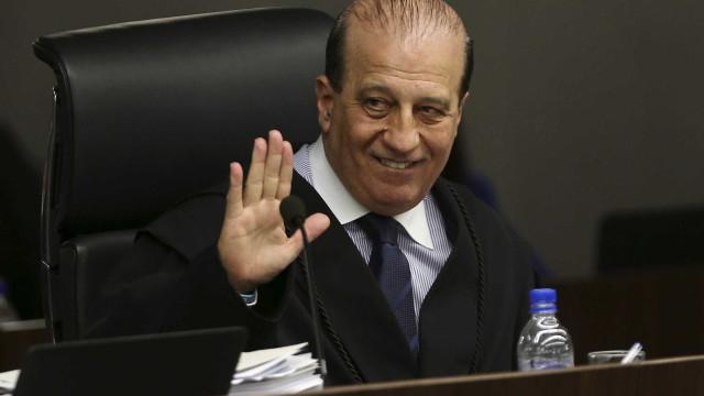 Estatais deram R$ 2,9 mi a entidade ligada a Nardes, diz jornal