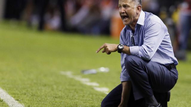 Após surpreender Pato, Osorio evita polêmica com atacante