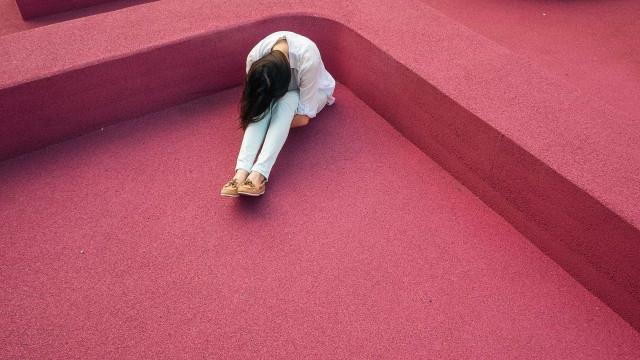 Suicídio é segunda maior causa de morte de mulheres jovens