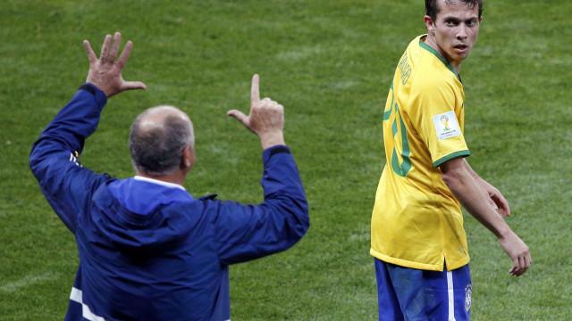 Jogador brasileiro tomou comprimidos para dormir depois do 7-1