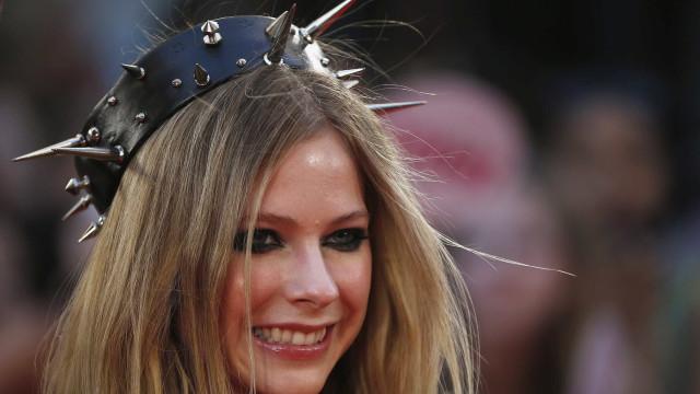 Avril Lavigne quer ter filhos