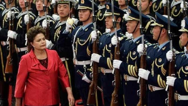 Com atletas, Dilma ressalta importância de 'respeitar os adversários'