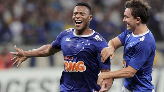 Cruzeiro coloca invencibilidade à prova contra o Fluminense