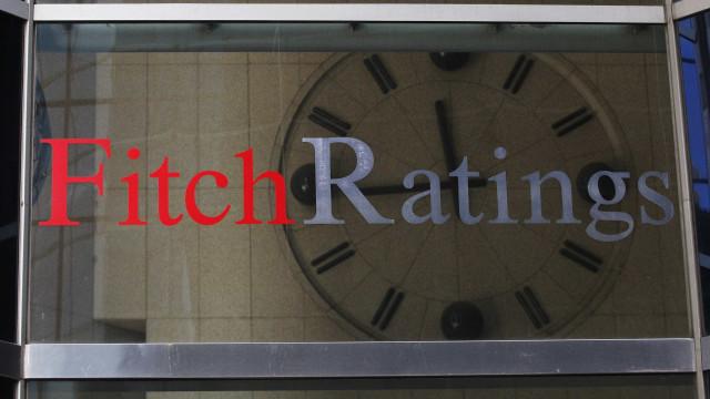 Fitch rebaixa ratings de companhias brasileiras após downgrade soberano