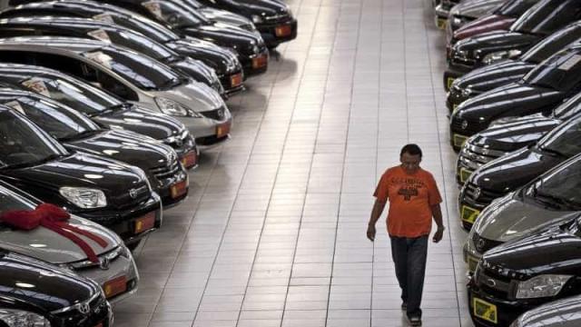 Fenabrave indica queda de 3,98% na venda de veículos