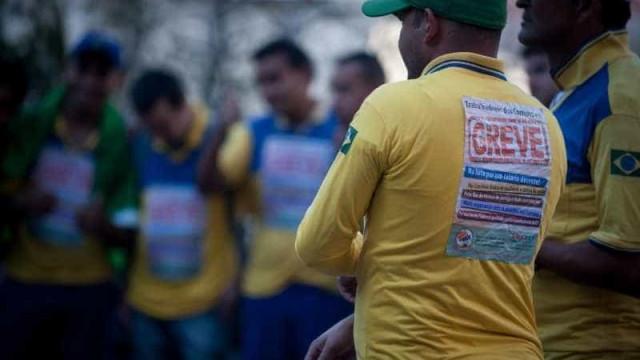 Correios pedem suspensão de greve