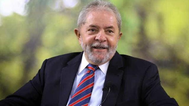 Oposição deveria criar vergonha e deixar Dilma governar, diz Lula
