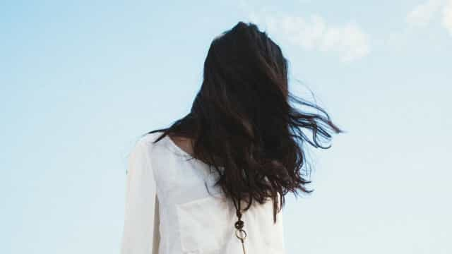 Produtos naturais são indicados para cuidar da saúde dos cabelos