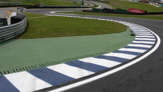 Feliz por correr em casa, Felipe Massa quer voltar ao pódio