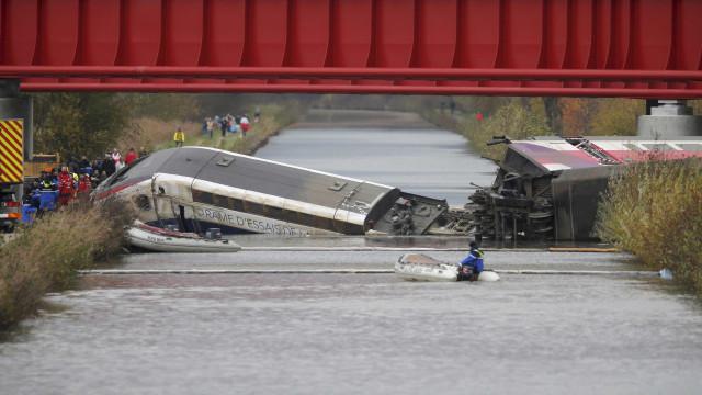 Trem que descarrilhou na França levava  crianças a bordo