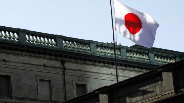 Japão marca déficit em conta corrente em dezembro