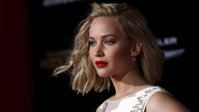 Jennifer Lawrence diz ser o pesadelo de Ashton Kutcher e Mila Kunis
