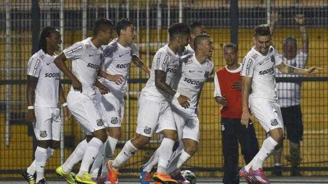 Santos está na semifinal da Copa Brasil após golear Botafogo