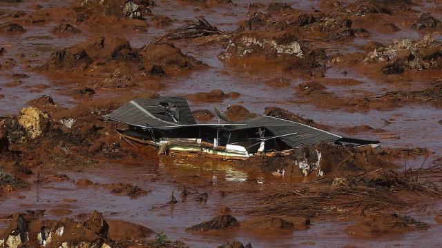 Samarco acumulou mais rejeitos em barragens rompidas