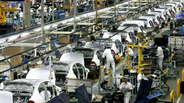 Montadoras recuperam 1,6% do mercado e vendem 195,2 mil unidades