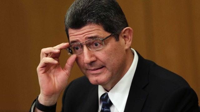 Governo cortará todos recursos disponíveis até o fim do ano, diz Levy