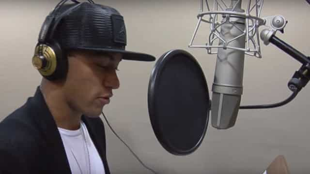 "Neymar lança música ""O Amor Ta Aí""; assista"