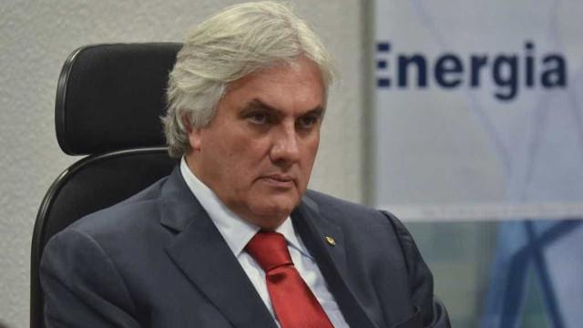 Usinas contratadas por Delcídio deram o prejuízo que custaram: R$ 5bi