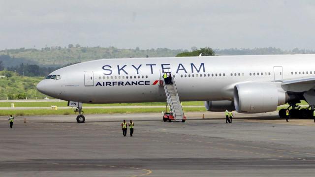 Passageiros pensavam que iam morrer em avião da Air France