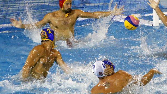Primeira seleção a jogar em 2016, polo aquático perde para a Croácia