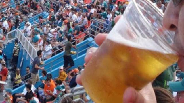 Santos aprova lei e Vila Belmiro poderá vender cerveja