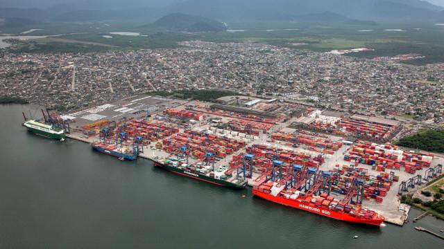 'Flanelinhas' de navios recebem reajuste de 31%; governo tenta barrar