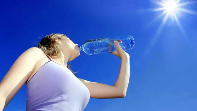 9 sinais que mostram: você anda bebendo pouca água