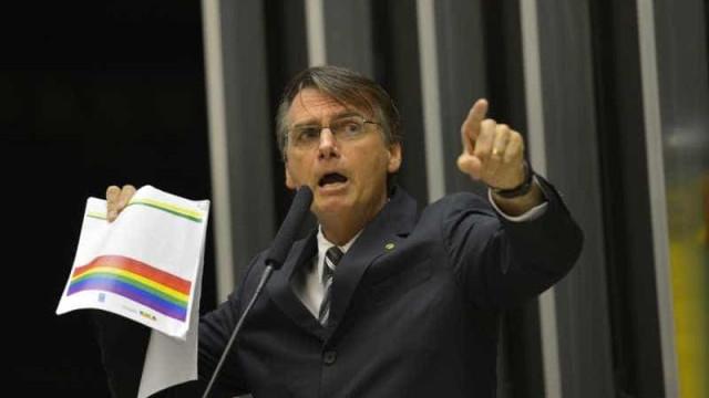 Torcedores do Brasil de Pelotas desprezam simpatia de Bolsonaro