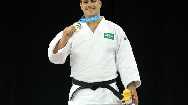 Grand Slam de Paris tem confronto brasileiro por vaga olímpica