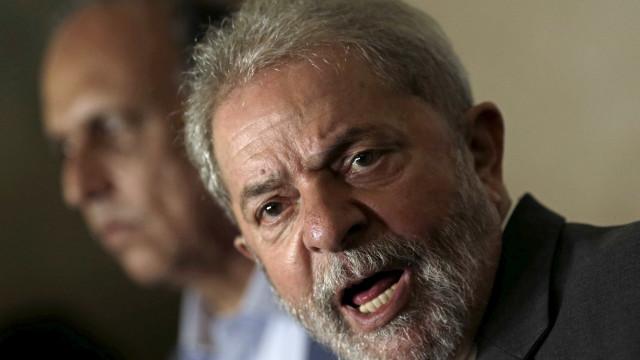 Advogado contratado por Lula faturou R$ 8,8 milhões com a Petrobras
