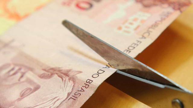 Cortes no Orçamento de MG de R$ 2 bi preservam apenas educação