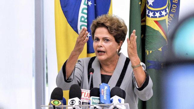 'Eu não governo só para o PT', afirma Dilma no Chile