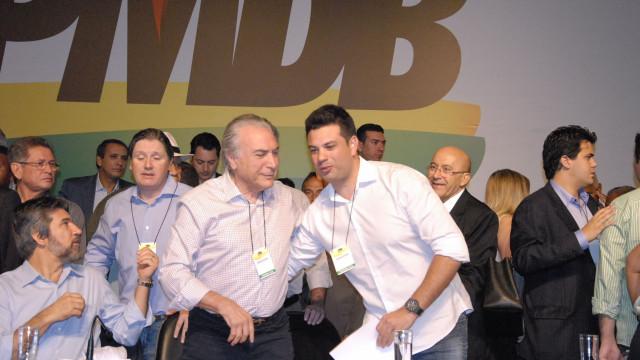 PMDB decide abafar divisões e  adiar rompimento com governo