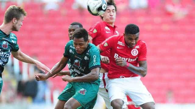 Inter vacila na etapa final e fica no empate com o São Paulo pelo Gaúcho