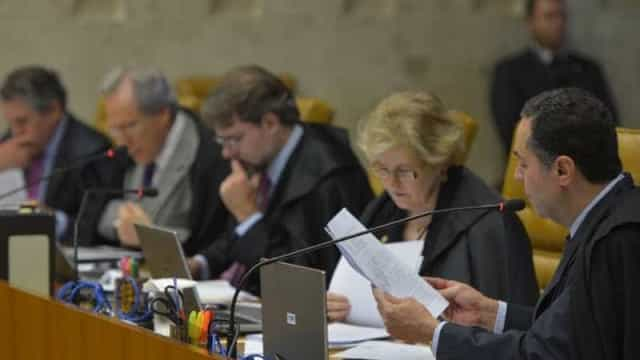 STF confirma poder da Receita de acessar dado bancário sigiloso
