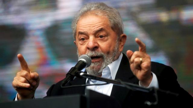 Engenheiro depõe sobre obras em sítio frequentado por Lula
