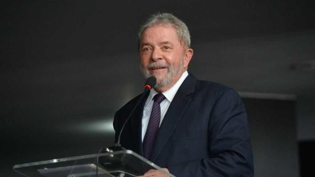 Parlamentares querem que Lula vire ministro
