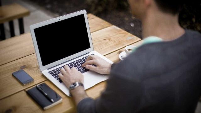 Como declarar o IR sem computador em casa?