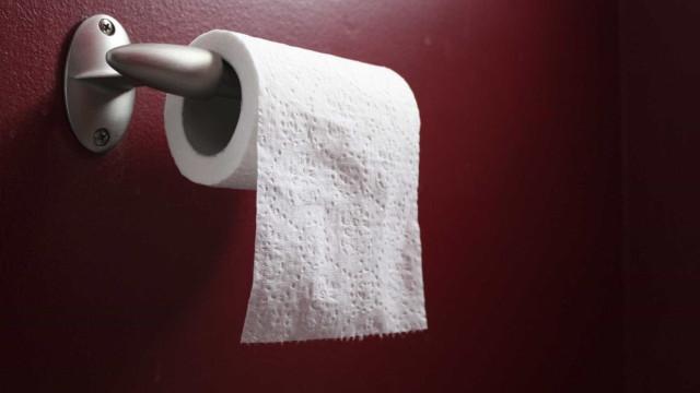 A forma como coloca o papel higiênico  revela sua personalidade