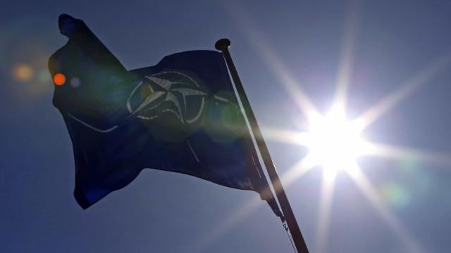 """OTAN e Rússia retomaram diálogo apesar de """"divergências profundas"""""""